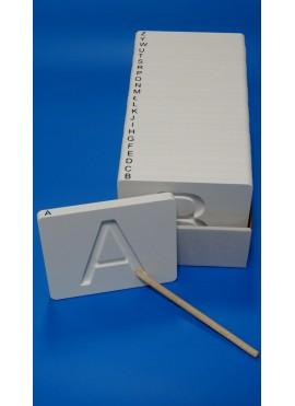PATRZ i PISZ - ćwiczenia w pisaniu liter